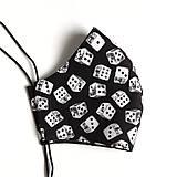 Rúška - Pánske rúško tvarované, 100 % bavlna (Sivé s čiernymi bodkami (pánska veľkosť)) - 12146140_