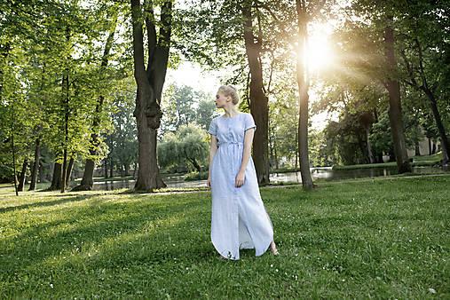 Šaty - Dlouhé lněné šaty pruhované - 12149791_