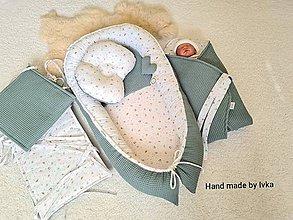 Textil - Hniezdo pre bábätko - zelené vafle/ motýlik + vtáčik - 12153483_