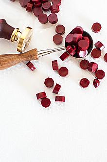 Suroviny - Pečatný vosk - granulát / až 32 odtieňov (Rubínová) - 12151549_