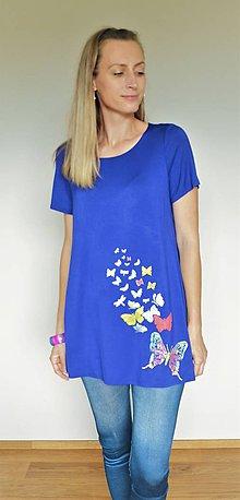 Tuniky - Modrá tunika s ručne maľovaným motívom  motýle - 12154556_