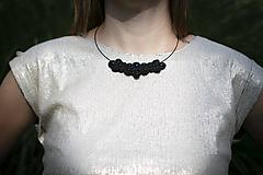 Náhrdelníky - Marta - soutache náhrdelník - 12156357_