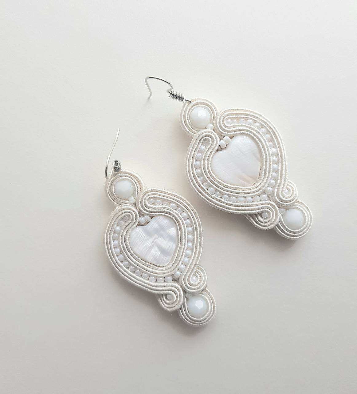 Šujtaška pre nevestu z paua mušlí - soutache earring