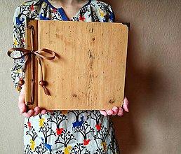 Papiernictvo - Fotoalbum klasický papierový obal so štruktúrou dreva - 12155507_