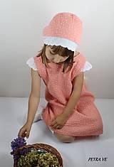 Broskyňové bodky - detský mušelínový čepček
