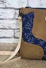Kabelky - Kožená modrotlačová kabelka Dara WILD1+ taštička - 12156551_