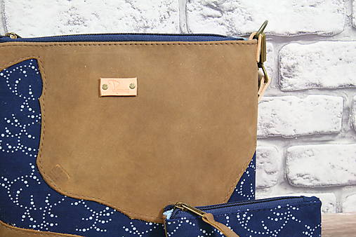 Kožená modrotlačová kabelka Dara WILD1+ taštička