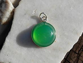 Náhrdelníky - green ,,chalcedón, in silver - 12161454_
