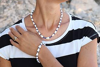 Sady šperkov - Súprava náhrdelníku a náramku z mušlí a jadeitu - 12162006_