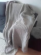 Úžitkový textil - Háčkovaná HYGGE DEKA svetlá béžová - 12164514_