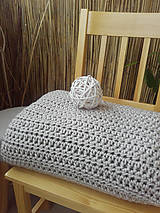 Úžitkový textil - Háčkovaná HYGGE DEKA svetlá béžová - 12164515_