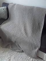 Úžitkový textil - Háčkovaná HYGGE DEKA svetlá béžová - 12164521_
