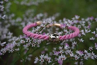 Náramky - Ružový náramok - 12166782_