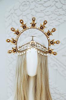 Ozdoby do vlasov - Zlatá Halo crown s bielymi perličkami - 12166862_
