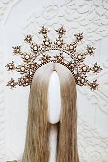 Ozdoby do vlasov - Zlatá Halo crown s bielymi perličkami - 12166891_