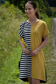 Šaty - Čierno-bielo-horčicové úpletové šaty - 12169099_