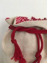 Úžitkový textil - Podšité ľanové vrecko s bavlnenou krajkou - 12167612_