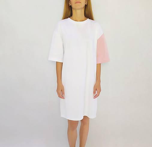 Šaty - • Šaty s ružovým rukávom • - 12171990_