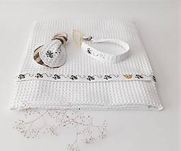 Textil - Súpravička pre dieťa - ručne vyšívaná - 12171574_