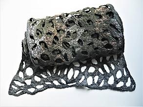Šály - Tmavozelený ľahučký vlnený šál z Merino vlny - 12175830_