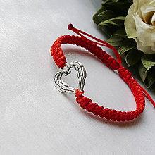 Náramky - Makramé náramok- srdce - 12181528_