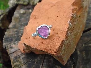 Prstene - Strieborny prsteň Ag925 Rubelit - turmalín - 12179303_