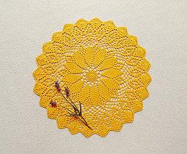 Úžitkový textil - Háčkovaná dečka Slnečná žltá - 12185515_
