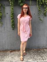 Šaty - Ľanové šaty s V- výstrihom - 12185018_