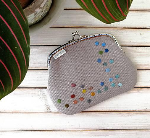 Peňaženka XL Bodky na svetlošedej (s kapsičkou)