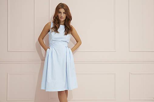Šaty - Princesové pruhované šaty - 12191287_