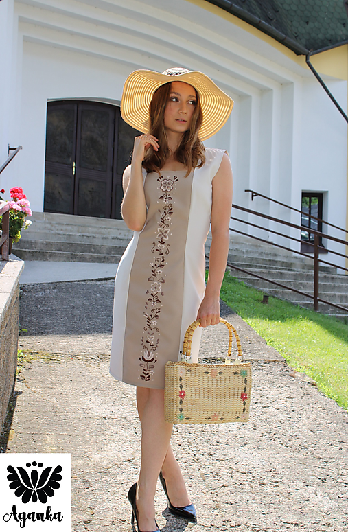 Šaty - Ručne vyšívané puzdrové šaty - 12191759_