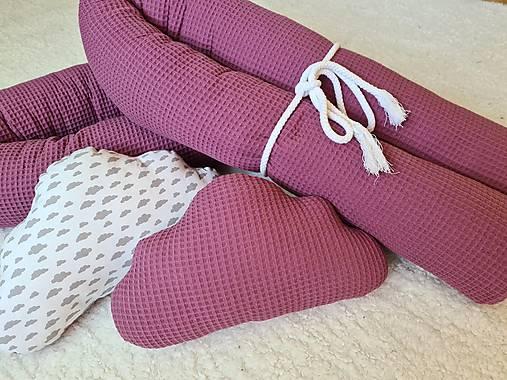 Šitie na zákazku  - valce do postele