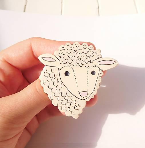 brošňa ovečka