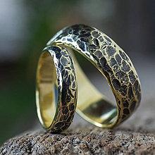 Prstene - Obrúčky životom tepané ... plameňom ošlahnuté - 12201242_