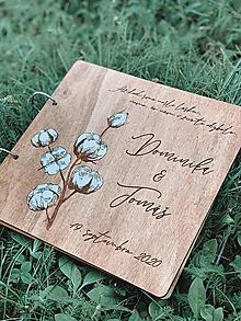 Papiernictvo - Svadobná kniha hostí, drevený fotoalbum - Bavlník - 12203387_