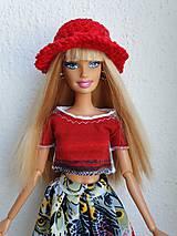 Hračky - Červený klobúčik pre Barbie - 12202544_