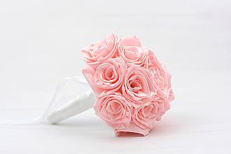 Kytice pre nevestu - Saténová kytica svadobná bledoružová ruže - 12202590_
