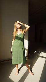 Šaty - 'V' dress in green - 12202480_