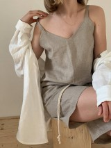 Topy - Linen 'V' top in natural - 12202767_