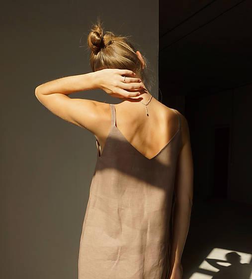 Šaty - Ľanové 'V' šaty - 12202656_