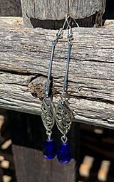 Náušnice - Dlhé kráľovsky modré kvapky s ornamentom - náušnice - 12205462_