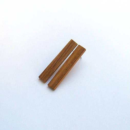Drevené náušnice napichovacie - dubové prúžky