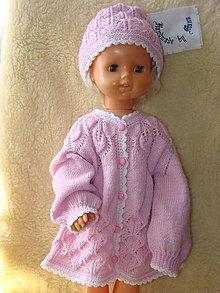 Detské súpravy - Ručne pletený svetrík s čiapočkou v ružovom - 12206651_