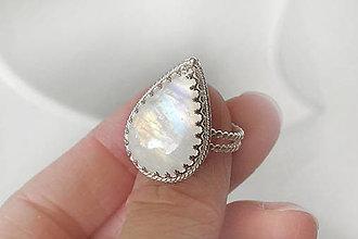 Prstene - prsteň s kvapkou mesačného k. v.57 / Ag 925 - 12211094_
