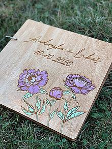 Papiernictvo - Svadobná kniha hostí, drevený fotoalbum - Pivonky - 12218711_