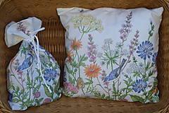 Úžitkový textil - Vankúš Lúčne kvety - 12217893_