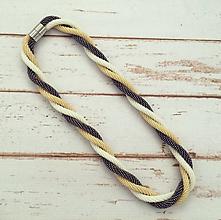 Náhrdelníky - Háčkovaný náhrdelník - 12219795_