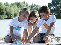 Detské oblečenie - tričko DINO - TYRKYSOVÝ -  STEGOSAURUS (dlhý/krátky rukáv) - 12221560_