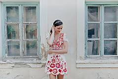 Šaty - krátke vyšívané šaty Poľana - 12222243_
