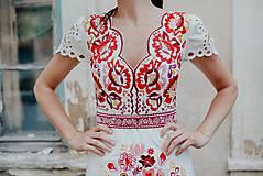 Šaty - krátke vyšívané šaty Poľana - 12222245_